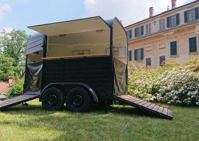 Food truck bar realizzato su mezzo trasporto cavalli - Nomec - 2